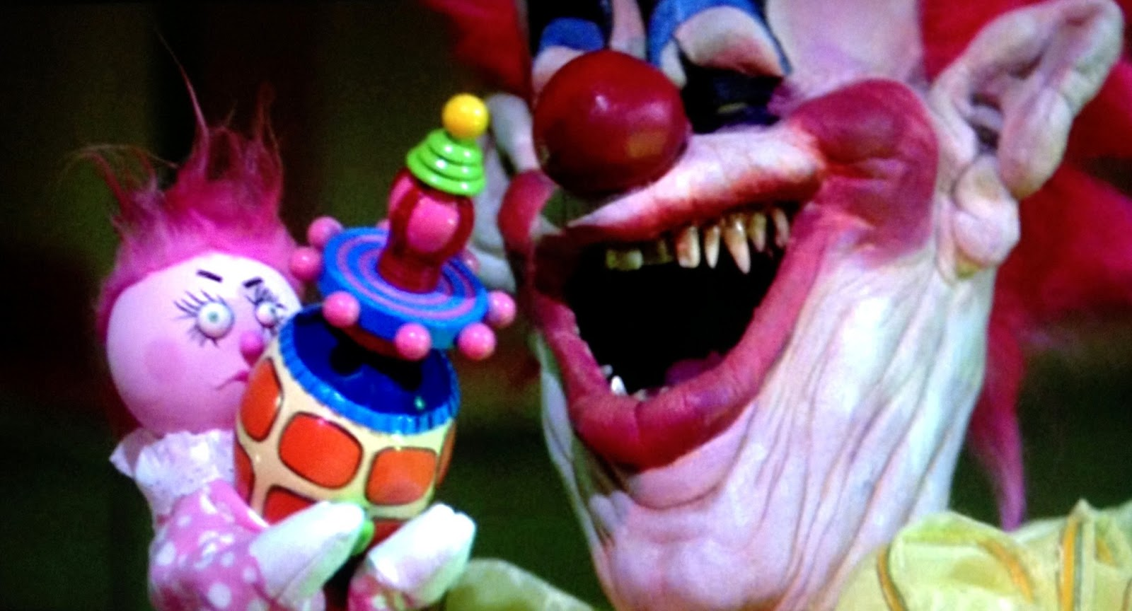 Killer klowns from outer space 1988 dinner a movie for Space clowns