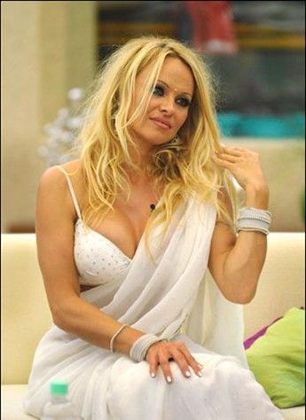 Pamela Andersson in Indian Avtar