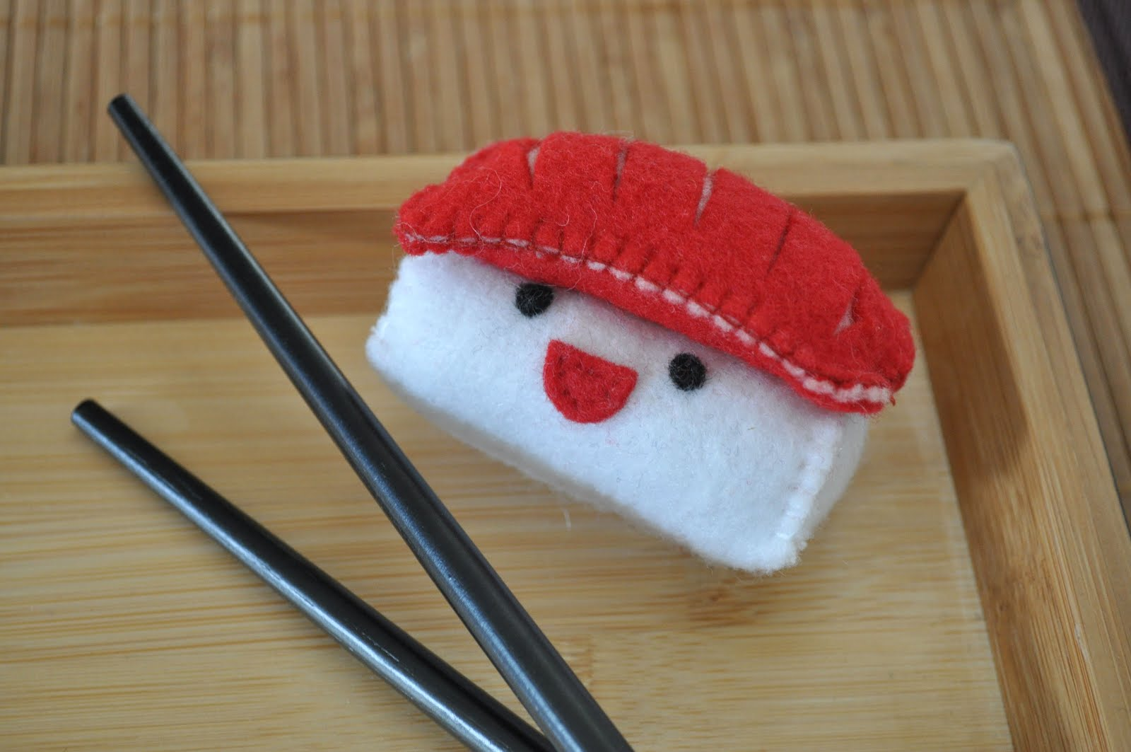 H E L L A J E L L O Sushi Plushies