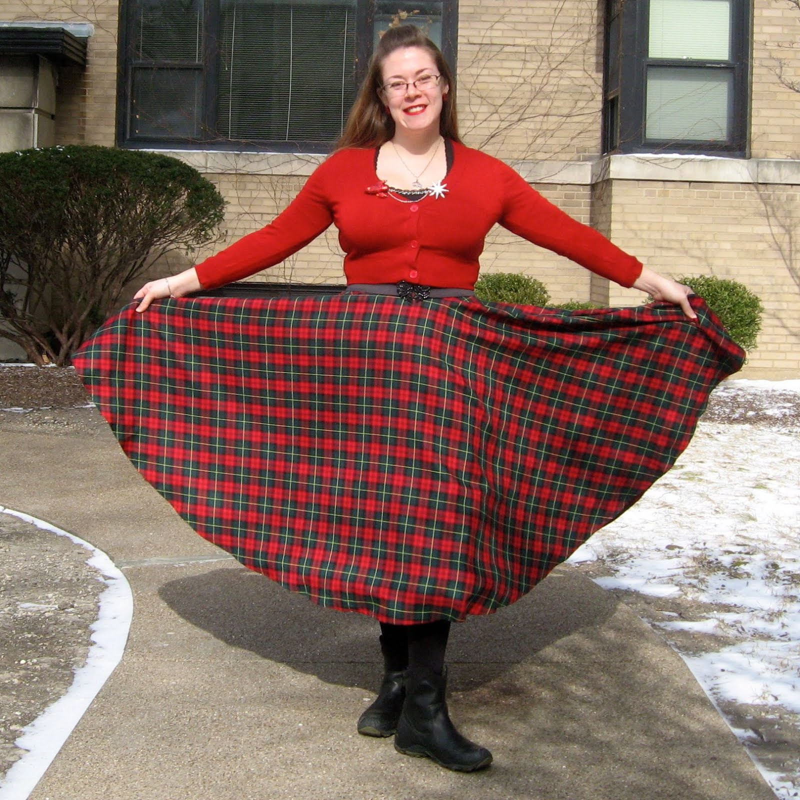 The Perfect Red And Green Tartan Skirt For Ages Preferably One In Wool Or Flannel To Keep Out Cold Im Happy Say That I Finally Found It
