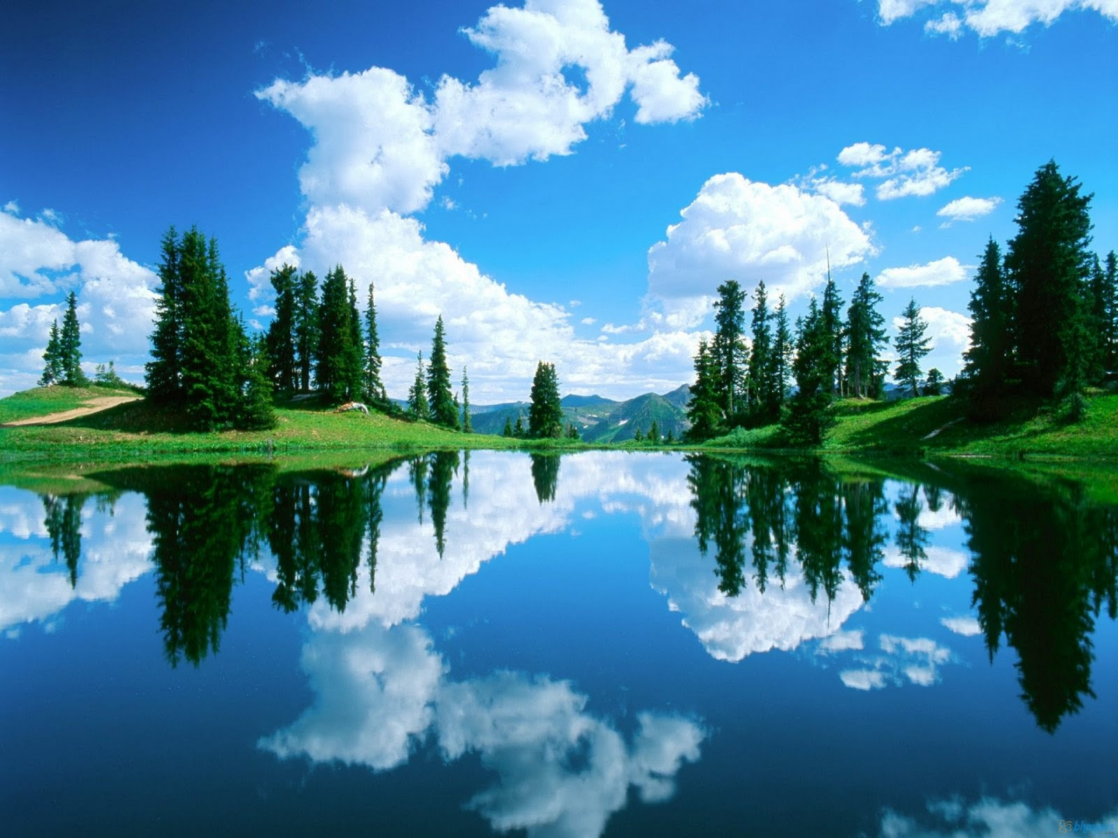 http://3.bp.blogspot.com/-1VezasEauyQ/TuhOGyENJiI/AAAAAAAAAks/BrHb6bILgsI/s1600/alpine_lake_gunnison-1920x1440.jpg