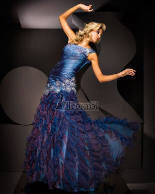 Prom Dress Stores on Blue Long Prom Dress By Tony Bowls Jpg