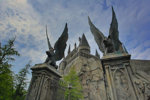 """<a href=""""http://mataram.info/things-to-do-in-bali/visitindonesia-banda-marine-life-the-paradise-of-diving-topographic-point-inward-fundamental-maluku/"""">Indonesia</a>best destinations : Magical Solar Daytime At The Wizarding Earth Of Harry Potter"""