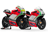 Ducati Desmosedici GP12 (Rossi and Hayden) Front Side