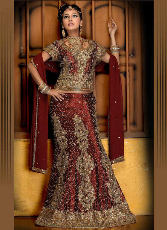 Fish Cut Bridal Lehenga Designs www.fashion-beautyzone.blogspot.com