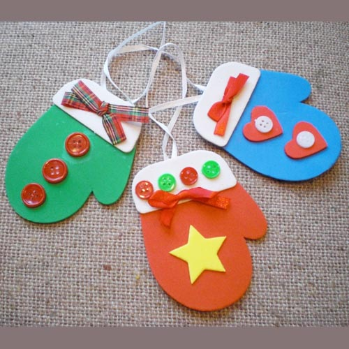 Easy Mitten Craft to Decorate Classroom or Class Office TreeMitten Crafts For Preschoolers