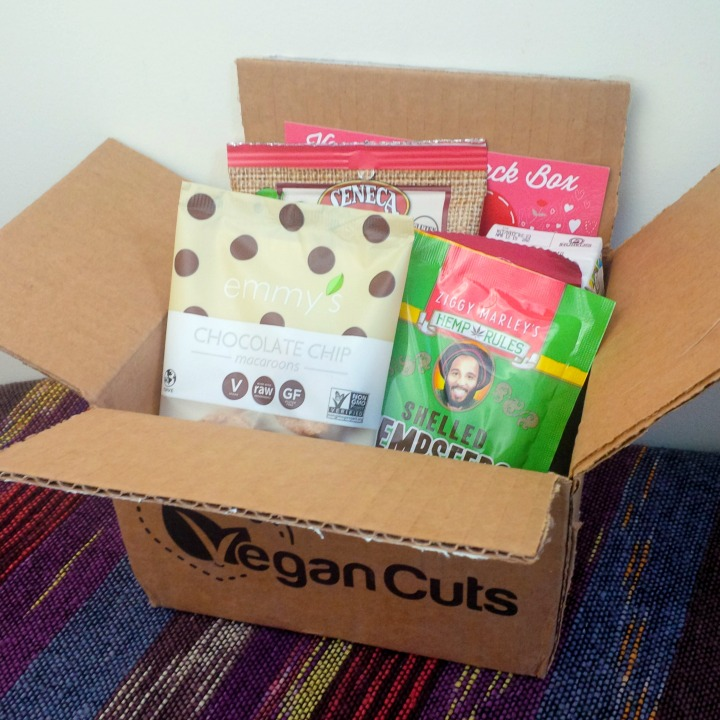 Vegan Cuts Snack Box February 2015 snacks