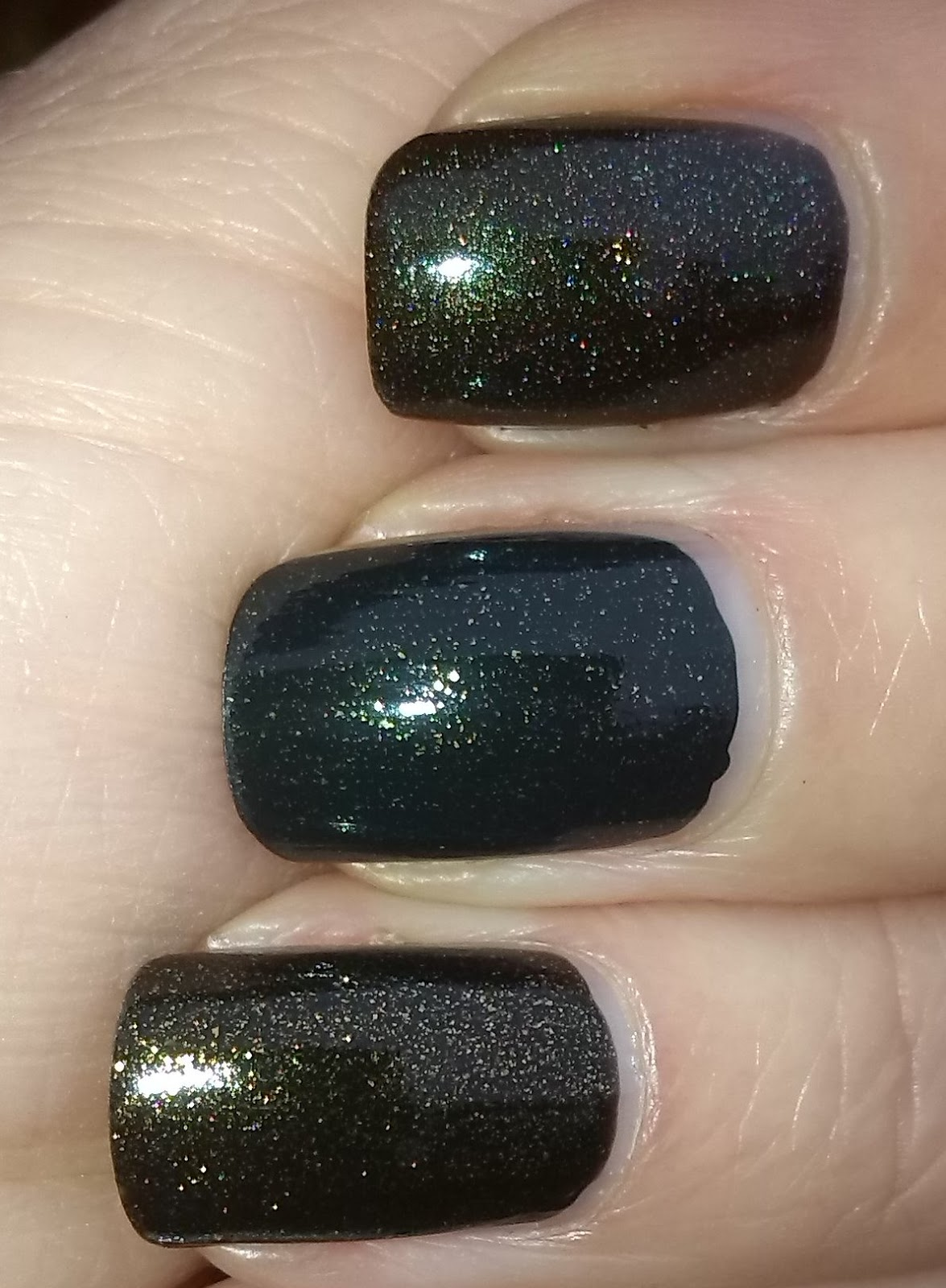 ATC Slitheen,  OPI Live and Let Die,  AE Beauty Never Fails