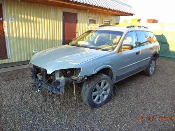 В разбор поступила Subaru Outbach