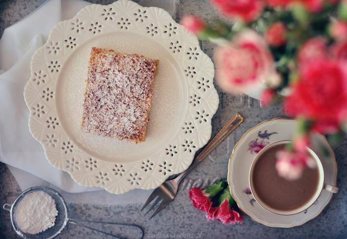 rabarbar, ciasto, najlepsze, najprostsze, bezowa pianka, kruszonka