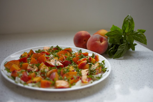 Insalata Caprese Salad with Peaches