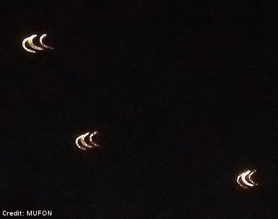 UFOs Over Willow Grove, Pennsylvania (1 of 3) 11-16-12