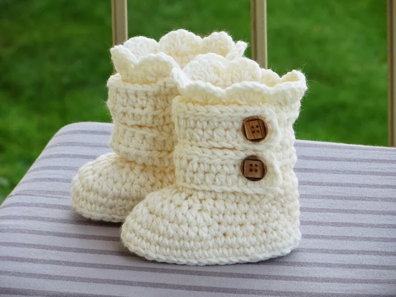 Crochet Pattern Beaded Baby Shoes : Crochet Dreamz: Toddler Classic Snow Boots, Toddler Boots ...