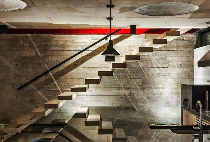Exposed concrete wall in Modern Planalto House by Flavio Castro