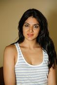 Sakshi Chowdary dazzling photo shoot-thumbnail-15