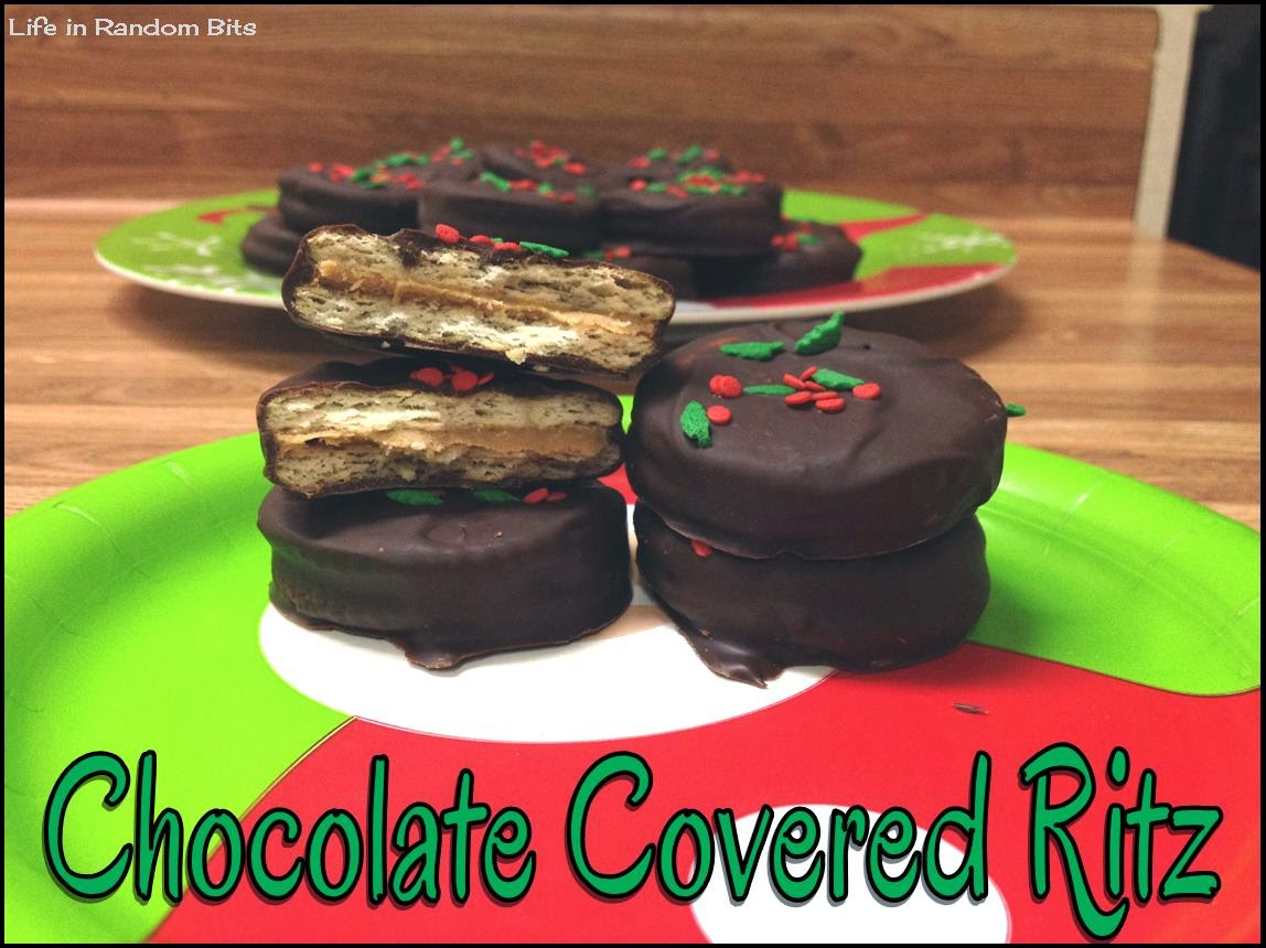 Chocolate Covered Ritz ~ Life in Random Bits #recipe #cookie