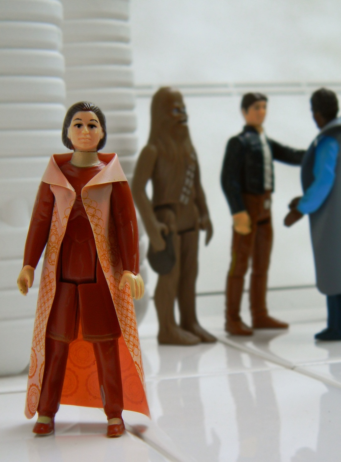 Latest Vintage Acquisitions- Volume 9 - Page 38 Leia+ESB+Bespin3