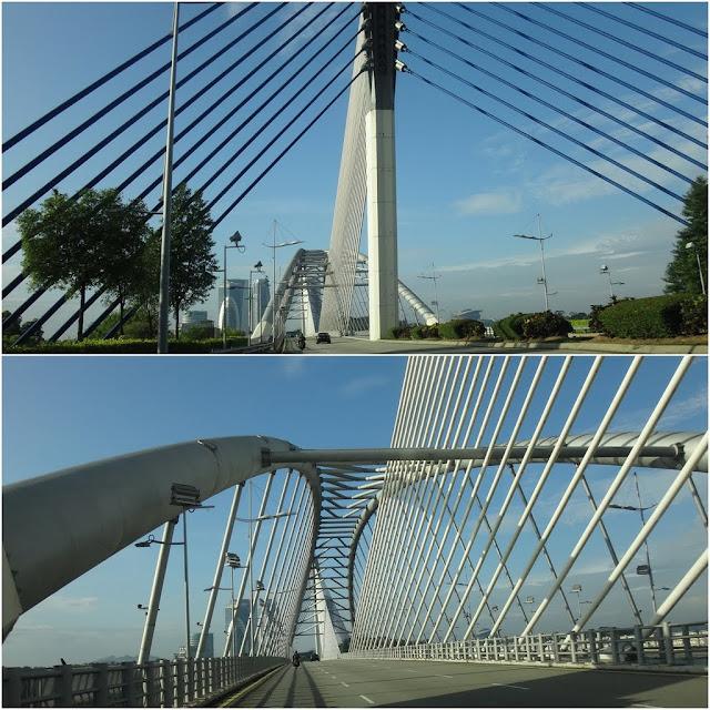 Seri Saujana Bridge is the main gateway to the city of Putrajaya from Kuala Lumpur in Malaysia