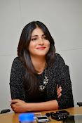 Shruti Haasan Glam pics-thumbnail-33