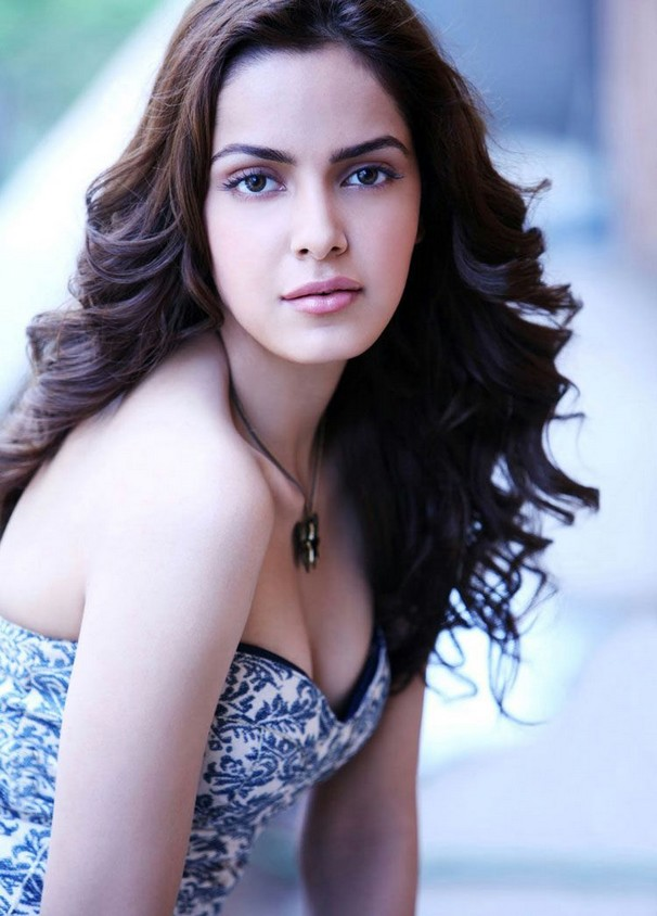 Shazahn Padamsee swim suit wallpapers