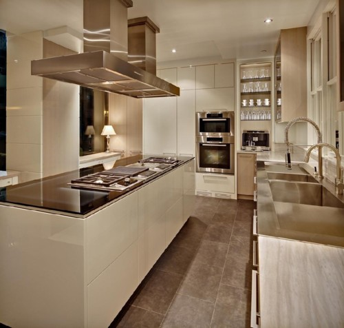 Kitchen Design Gallery: Ultimate kitchens round II and better than ...