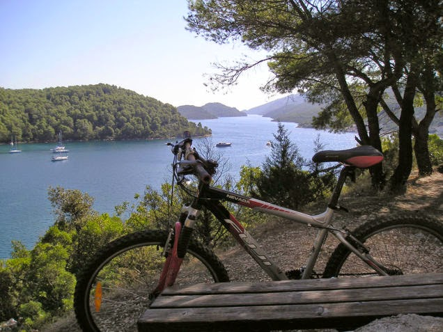 Also+coastal+Croatia+has+beautiful+bays+and+friendly+hills.+-+18+Amazing+Places+You+Should+Ride+Your+Bike+Before+You+Die.jpg