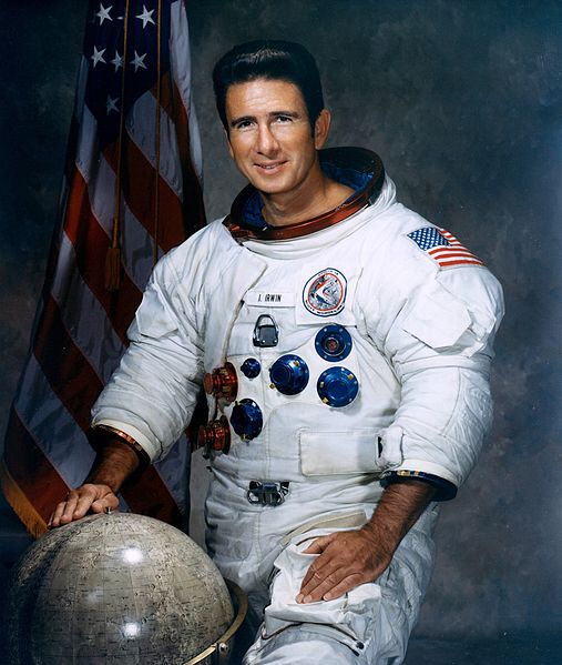 astronauts who walked on moon - photo #30