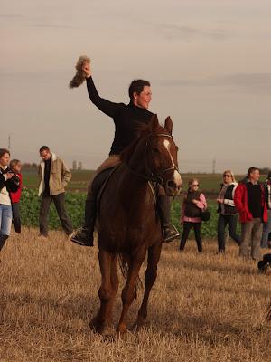 Hubertus, zakończenie sezonu jeździeckiego, pogoń za lisem, pensjonat dla koni w Węgrzcach, jazda konna