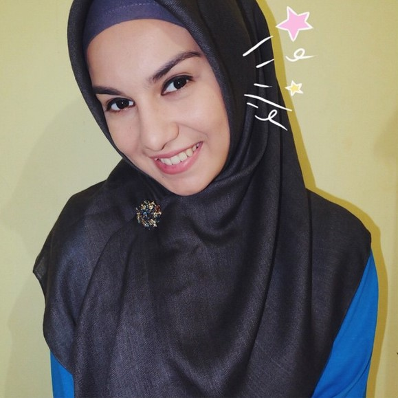 Foto Irish Bella Berhijab
