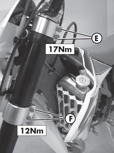 Beta RR 300. Tensado dirección en una moto de Enduro