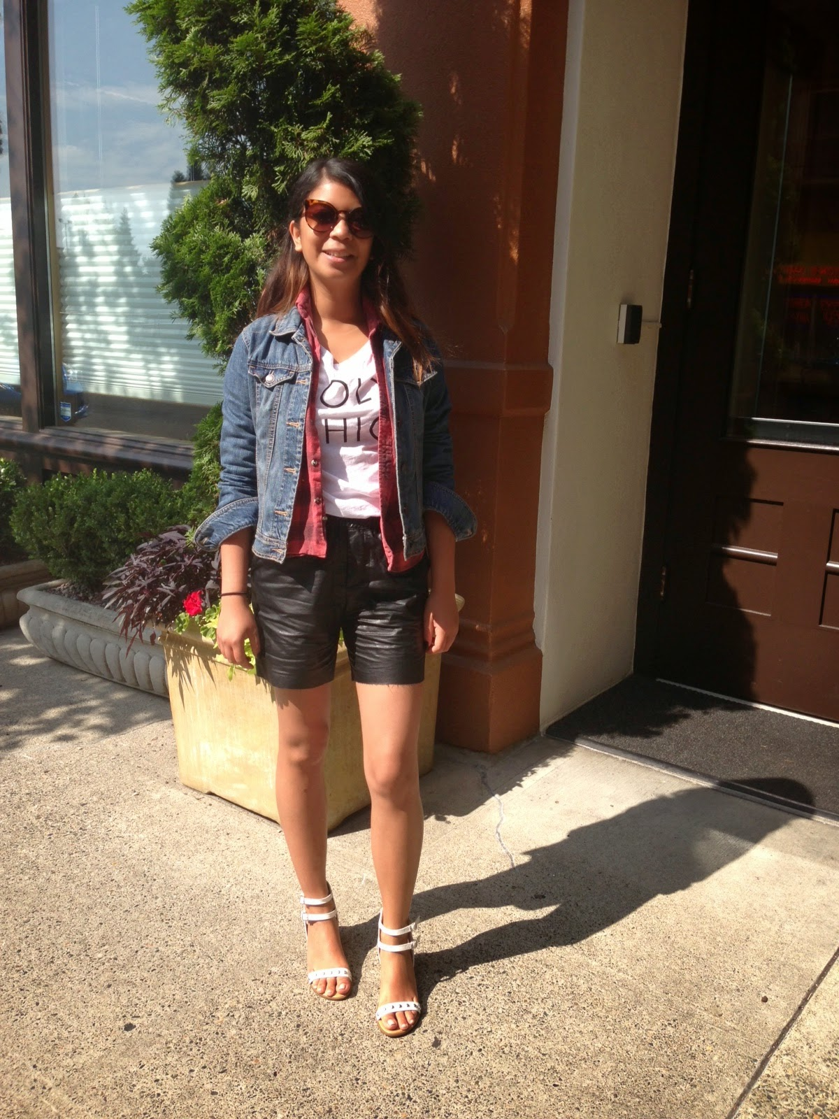 portland blogger, holy chic, street style, fashion blogger, affordable fashion, old navy, flannel, faux leather shorts, summer to fall