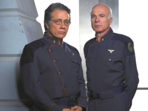 Bill Adama e Saul Tigh de Battlestar Galactica