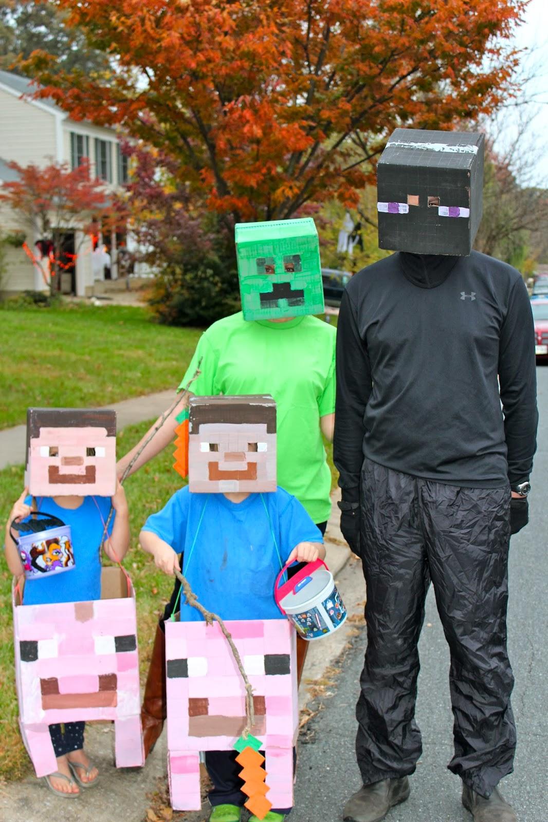 Minecraft Halloween Costumes... Again | Team Cress