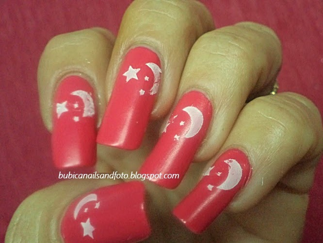Simple nails 1306 turkey independence flag style nail art turkey celebrates the 91th anniversary of the declaration of the independence of the country on oct 29 tuesday it is called the republic day gumiabroncs Images