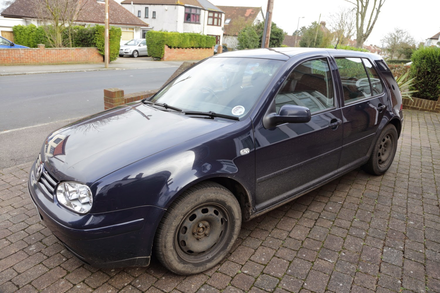 When to Change and Fit Winter Tyres to your car? Winter tyres fitted on steel rims