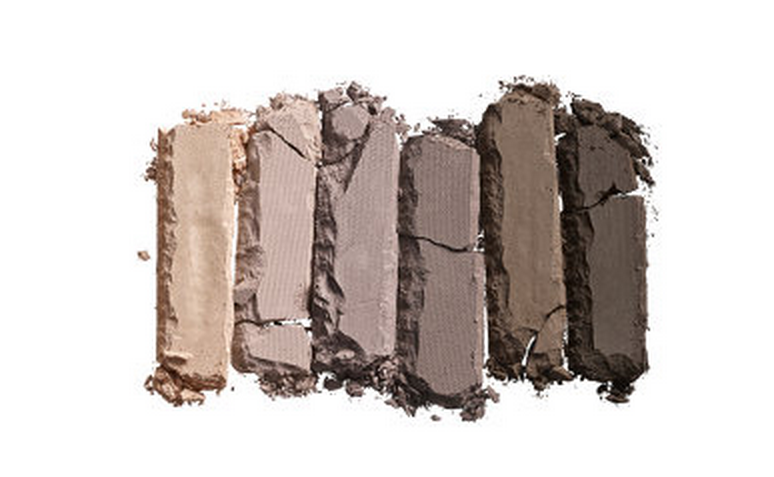 a picture of Urban Decay Naked Basics 2 swatch (Sephora)