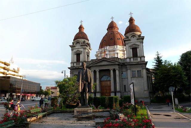 Catedral  romano-católica Buna Vestire (Târgu Mureş)