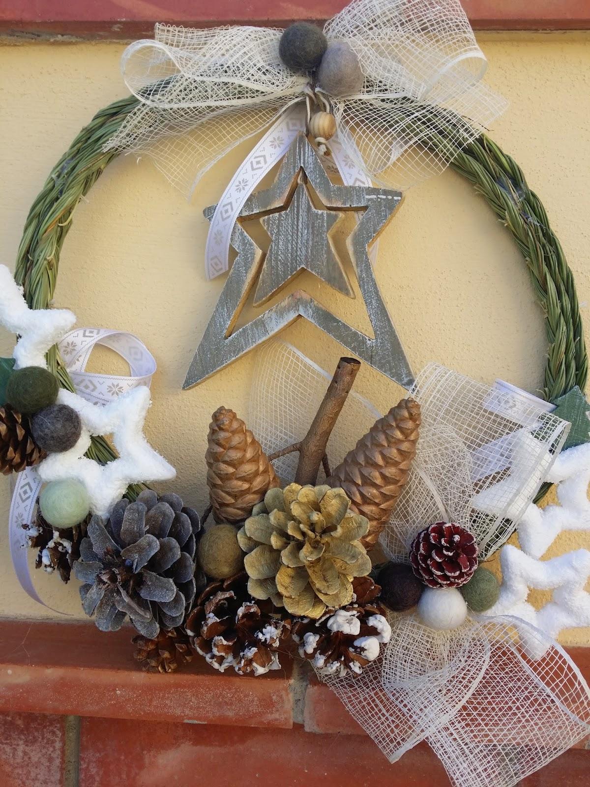 Mis bordados y labores adornos de navidad hechos con esparto - Adornos de navidad hechos con pinas ...