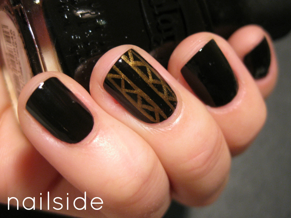 Gold ornament nail art blog monday january 7 2013 prinsesfo Gallery