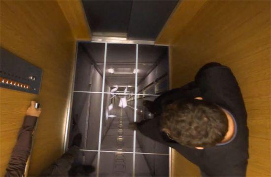 LG usa TVs em um elevador para trollar pessoas