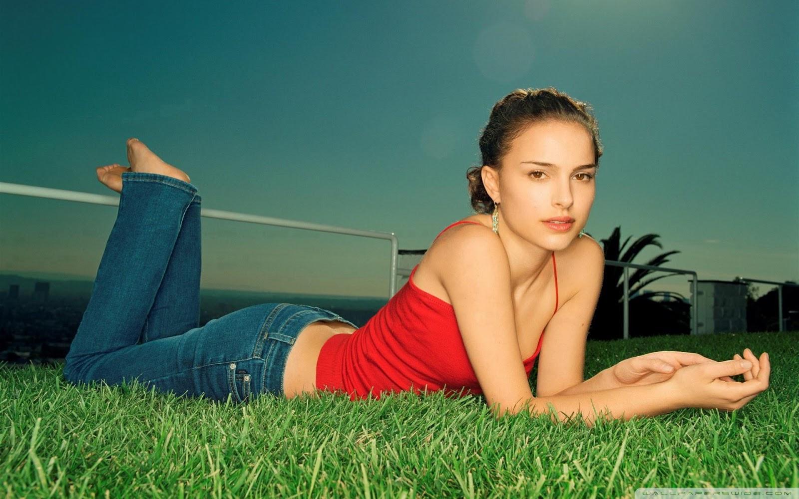 Natalie Portman Actress HD Wallpaper