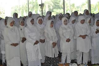 Doa Bersama Sambari Minta Dukungan Stadion Lengis