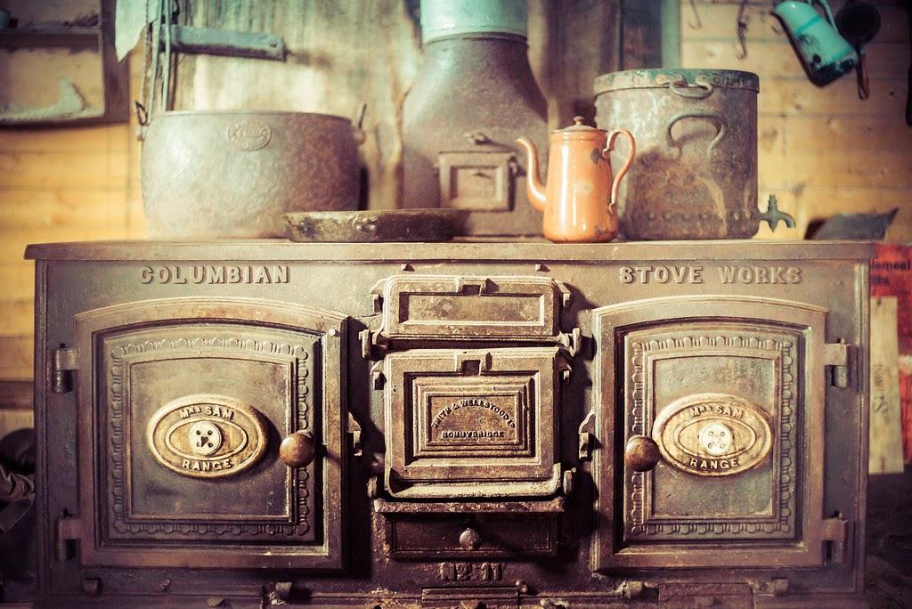 Poêle cuisinière de survie en Antactique