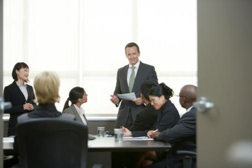 Como los ejecutivos emprendedores movilizan sus organizaciones para innovar