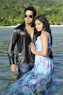 South Indian Actress Rima Kallingal Wet Pics1