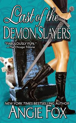 http://3.bp.blogspot.com/-1_E1ybMHT6A/UpAaGiErVhI/AAAAAAAAFwY/xa2f6YaPM18/s1600/The+Last+of+the+Demon+Slayers.jpg