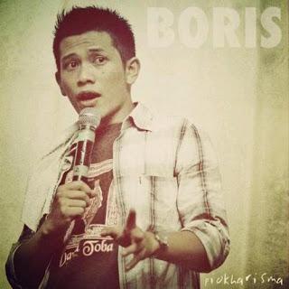 Borris T Manullang adalah komedian stand upcomedy yang agak berbeda
