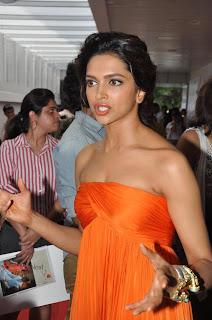 Deepika Padukone Pictures at People Magazine New Issue Launch ~ Celebs Next
