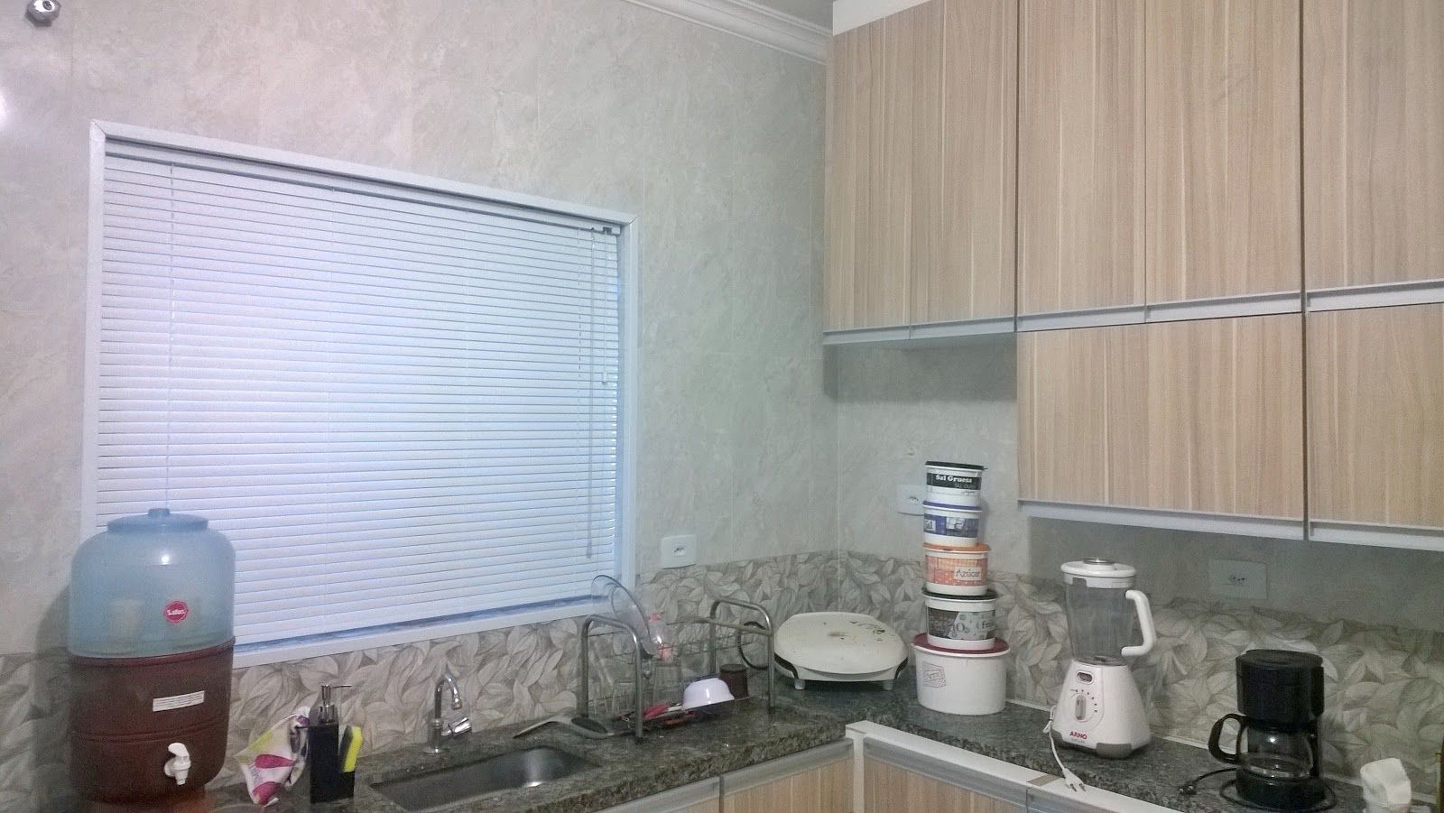 #536278 Persiana horizontal aluminio feito sob medida ideal pra cozinha  700 Janelas Venezianas De Aluminio Sob Medida