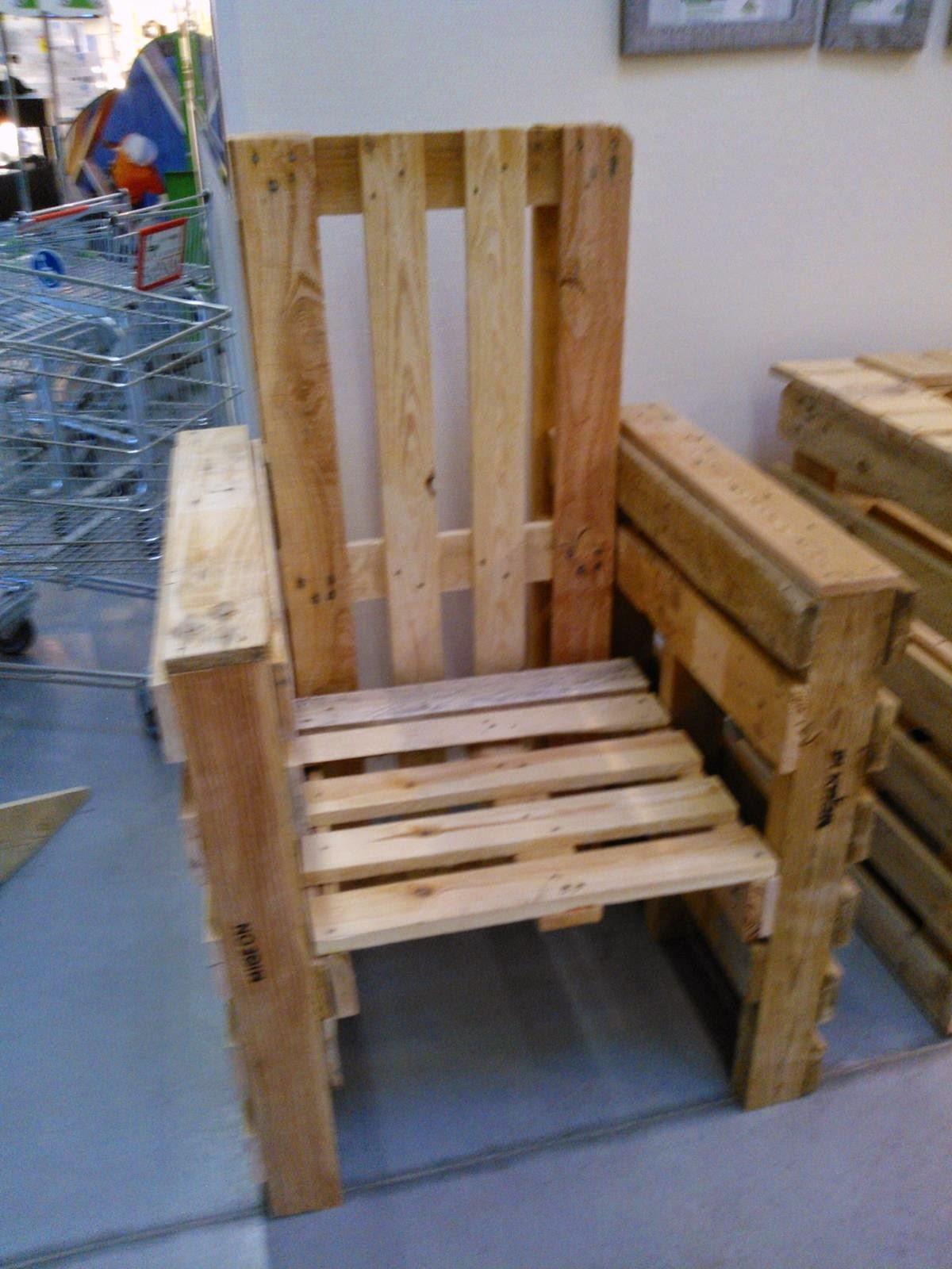 cours de recyclage palettes cr ation. Black Bedroom Furniture Sets. Home Design Ideas